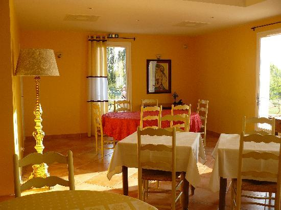 Hotel La Bastide d'Iris : hall/salle a manger