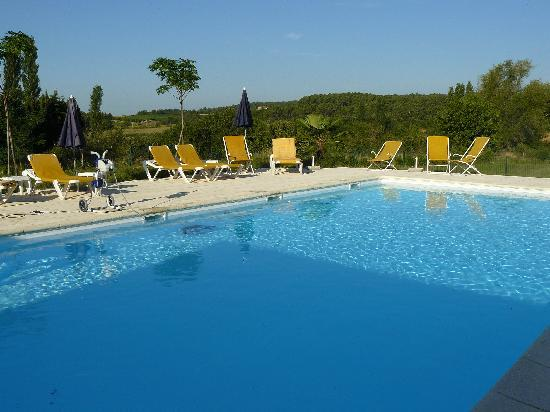 Hotel La Bastide d'Iris : piscine