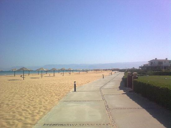 Jaz Little Venice Golf Resort: The empty beach