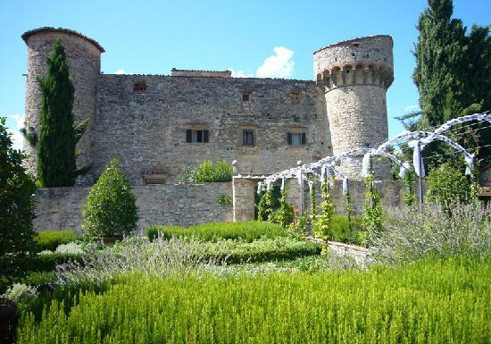 Wine Tours with Italy and Wine: Medeival Castle