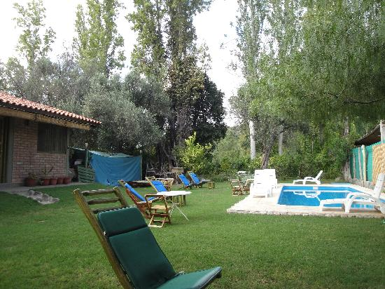 Hotel Rustico Cerro del Valle: outside by pool