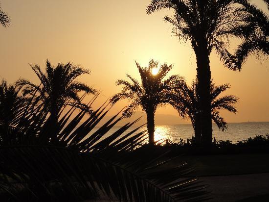 Stella Di Mare Beach Hotel & Spa : Sunrise at the Stella Di mare