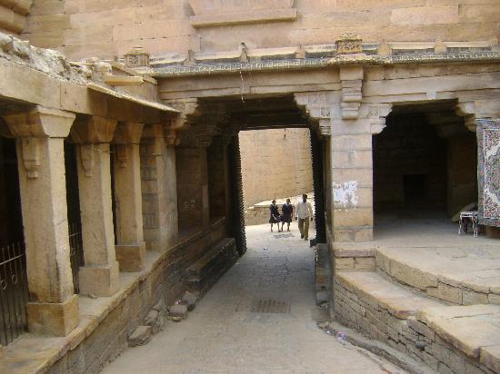 The Seven Spice Restaurant: jaisalmer