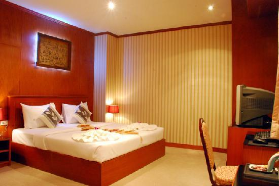 Palm Beach Hotel Phuket: Room
