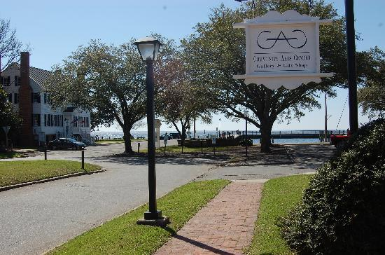 Edenton, Carolina del Norte: The end of Main Street and the Bay