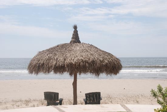 إستريلا ديل مار ريزورت مازاتلان: Beach