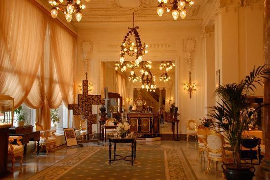 Hotel du Palais: hall de l'hôtel