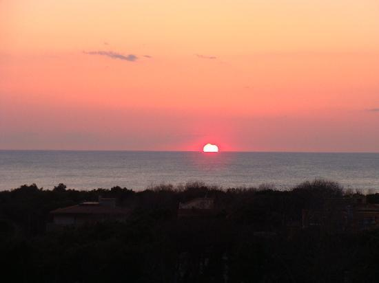 Tirrenia, Italie : View of the Sunset from our balcony