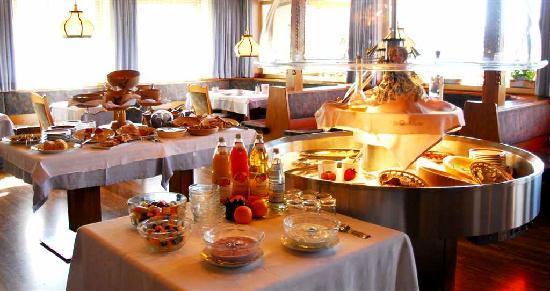 Panoramahotel Post : Breakfast buffet 3