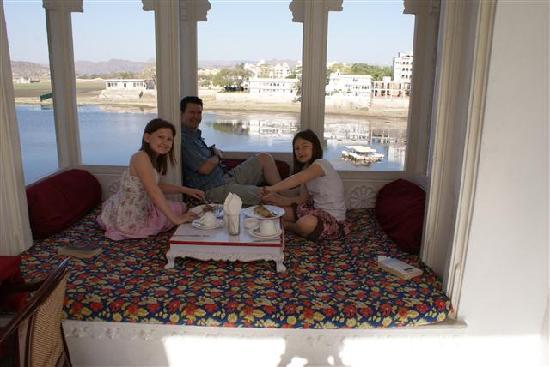 Jagat Niwas Palace Hotel: A lazy breakfast