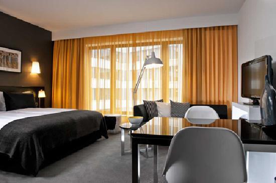 アディーナ アパートメント ホテル ベルリン ハッケンシャー マルクト