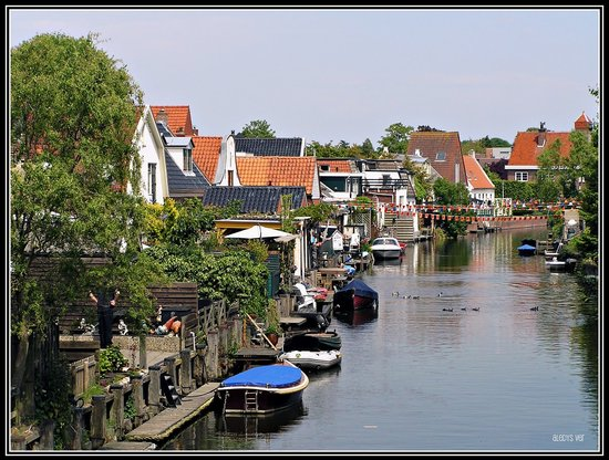 Canal in Appingedam, in the province of Groningen (Netherlands).