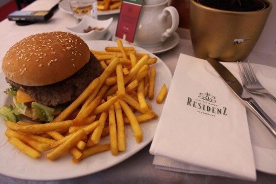 Café Restaurant Residenz: Huge portion