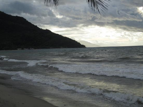Sunset at Aninuan Beach Resort: beach at night