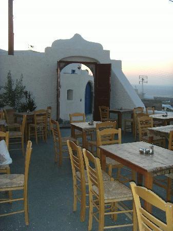 Krinaki terrace