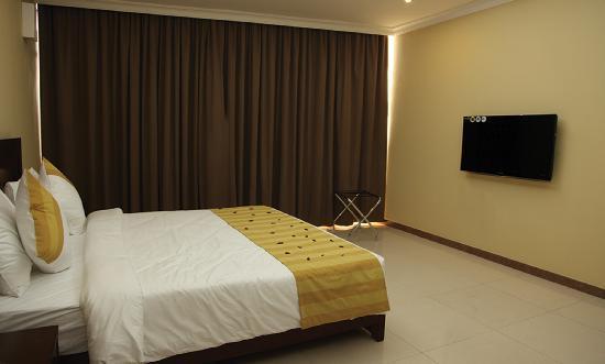 Tanzanite Executive Suites: Executive Room