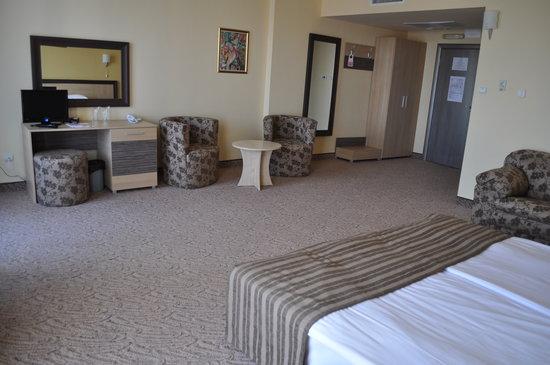 얼라이언스 호텔