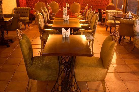 Idylle Hotel: Terrace Restaurant