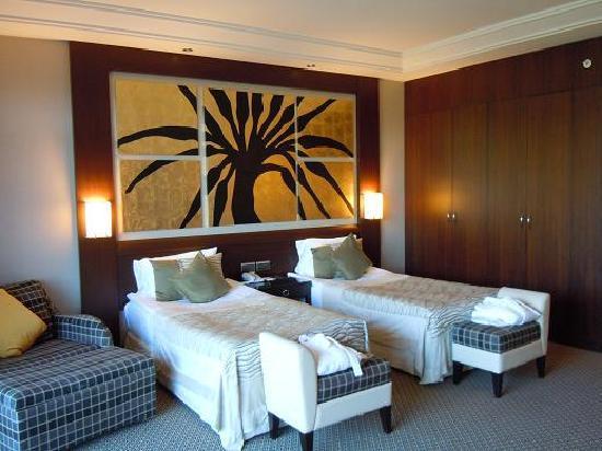 Calista Luxury Resort : 大きな窓からの景色も素敵です。