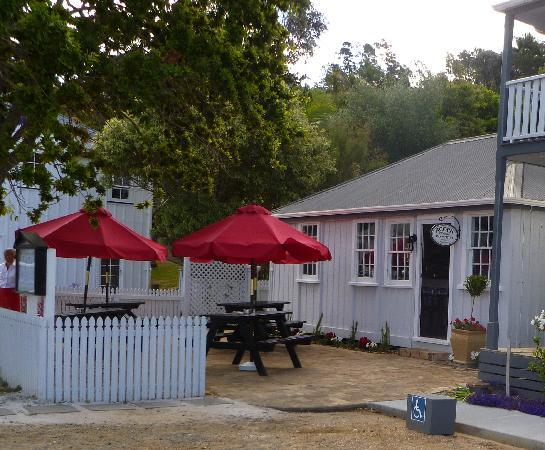 Acorn Bar & Bistro: The Acorn