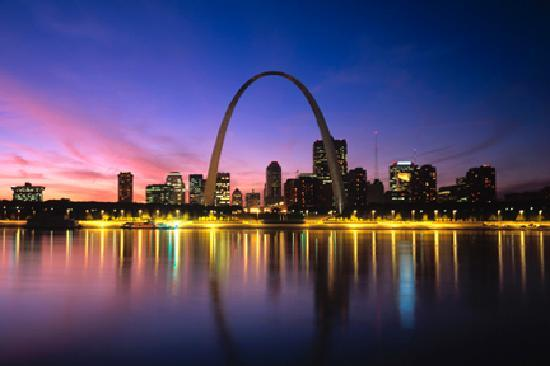 Saint Louis, MO: The downtown St. Louis skyline
