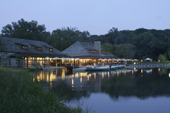 Saint Louis, MO: The Boat House in Forest Park