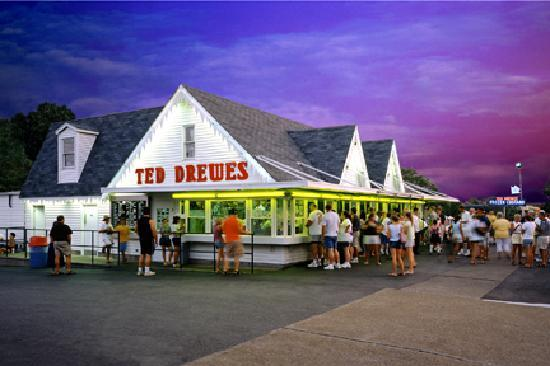 Saint Louis, Μιζούρι: Ted Drewes Frozen Custard on historic Route 66