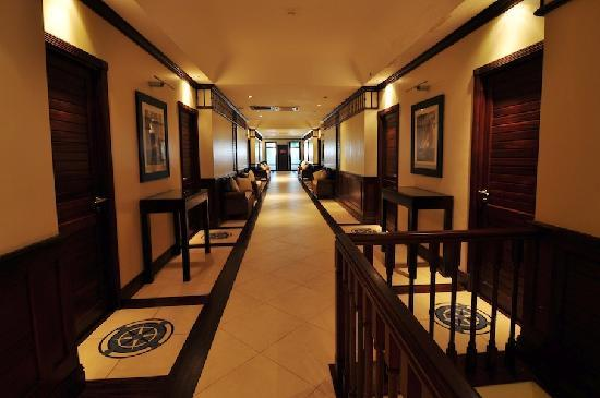 The Wharf Hotel & Marina: The corridor on the 1st floor