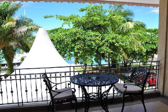 The Wharf Hotel & Marina: Room 2 – terrace