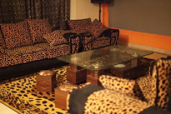 Ahadora Guest House: Lounge