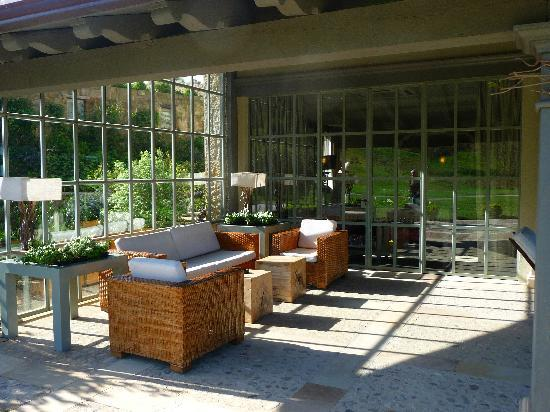 Hotel Iturregi: Common outdoor area