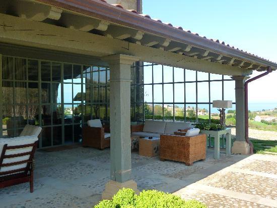 Hotel Iturregi : Common outdoor area