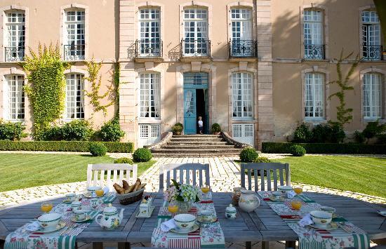 Poil, Frankrijk: Petit déjeuner