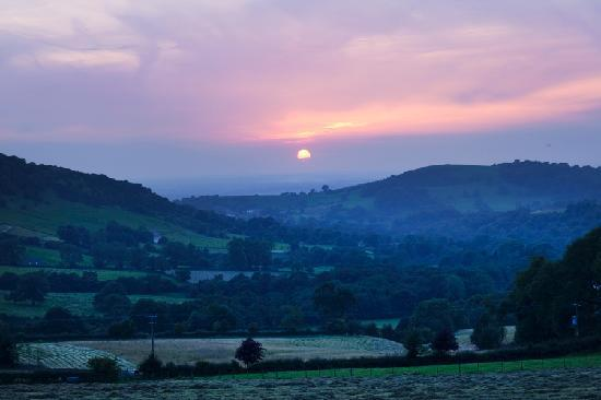 Harrop Fold Farm : Sunset over the Harrop Valley