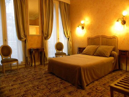 Hotel d'Argenson: Chambre Superieure