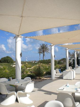 Radisson Blu Palace Resort & Thalasso, Djerba: Nice spot for lunch!