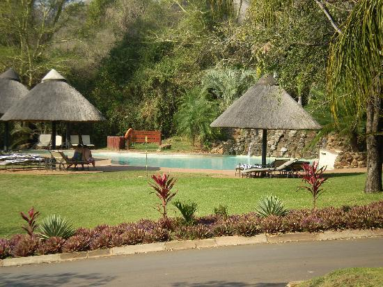 Pestana Kruger Lodge: piscina