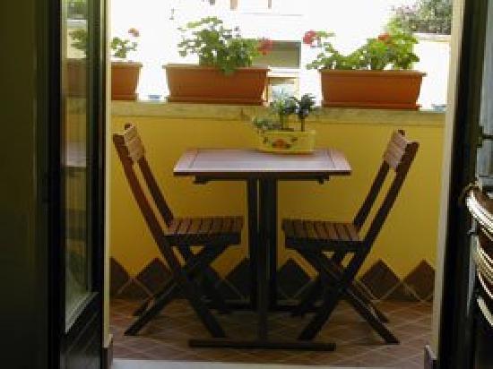 Il Chiostro : tavolino