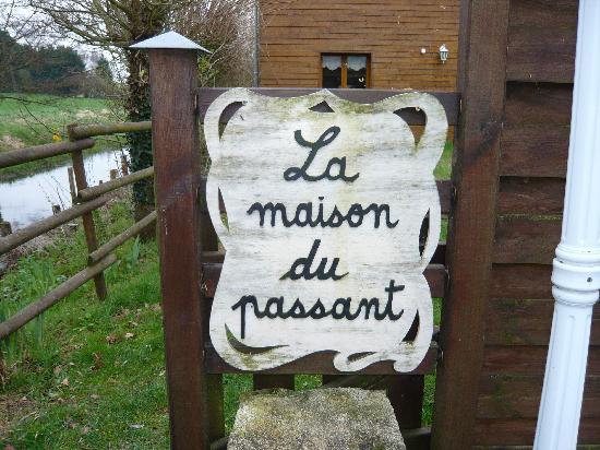 La Maison du Passant: titre
