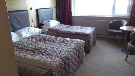 Gleneagle Hotel: Twin Bedroom room 418