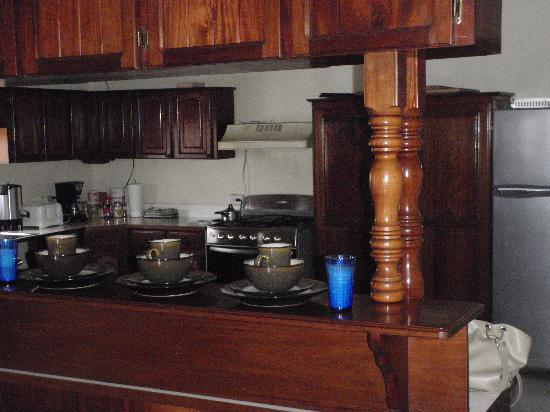 Western Guest House : The Kitchen