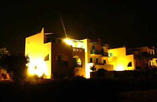 Alykes Studios, Agios Prokopios Naxos at night