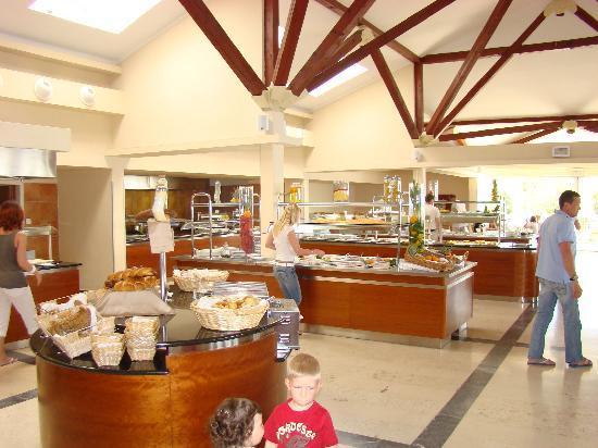 Valamar Bellevue Hotel & Residence: Restaurant