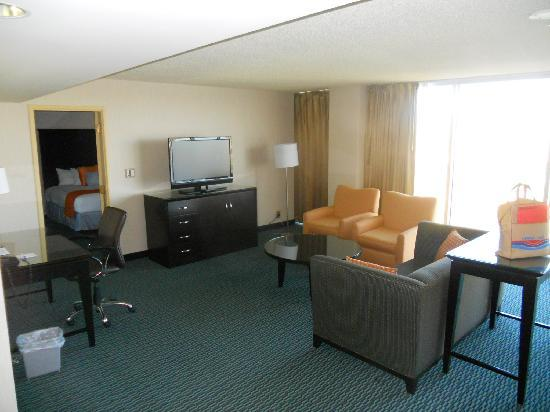Aquarius Hotel Laughlin Suites