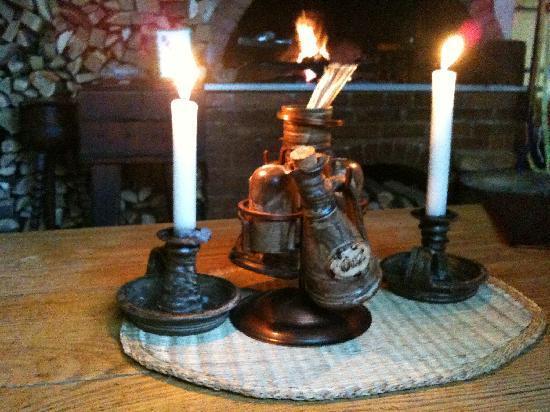 Staroceska Krcma : No lights, just candles :-)