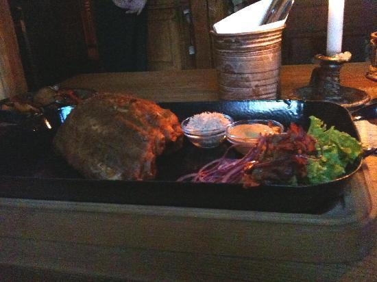 Staroceska Krcma: marinated pork ribs