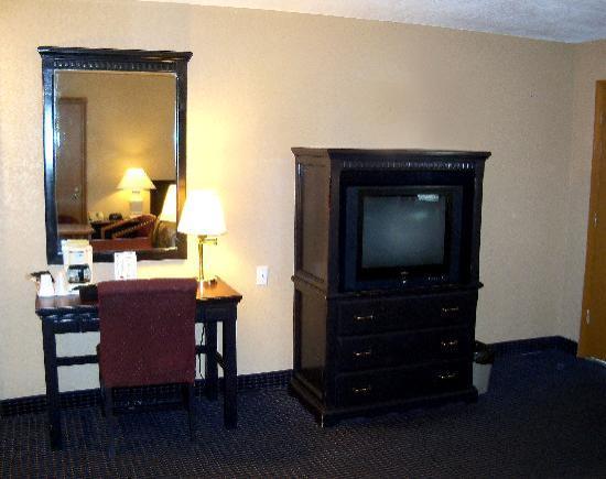 America's Best Inn: New room