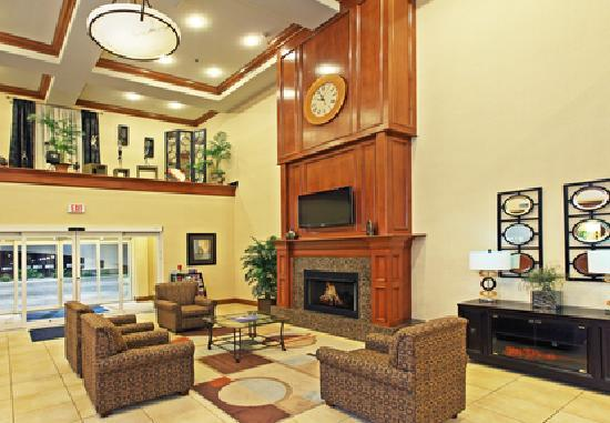 Holiday Inn Express Hotel & Suites Kilgore North: lobby