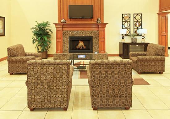Kilgore, TX: Lobby area