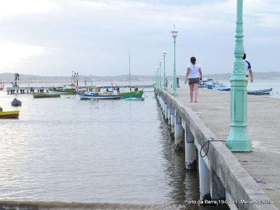 Armacao dos Buzios, RJ: Praia Manguinhos y muelle. Porto da Barra